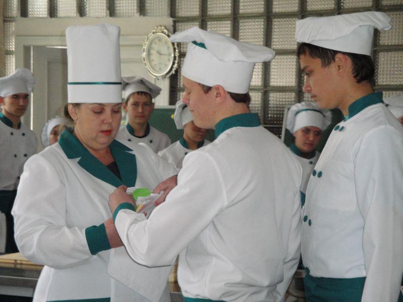 Z dosvidu roboty maystra Sukharevoyi Lyudmyly Heniyivny